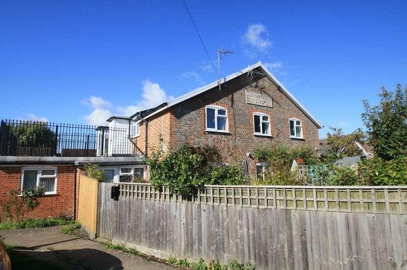 2 Bedrooms Property for sale in Watlington Road, Benson, Wallingford