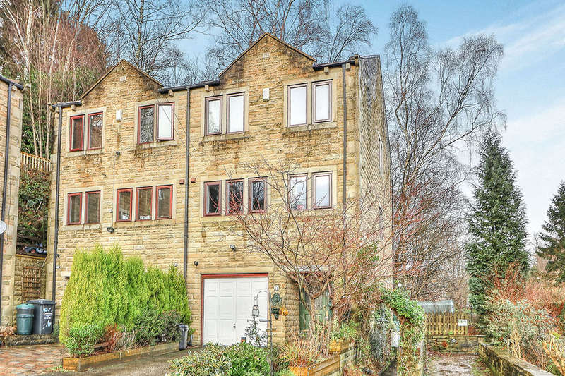 4 Bedrooms Semi Detached House for sale in Spring Bank, Luddenden, Halifax, HX2