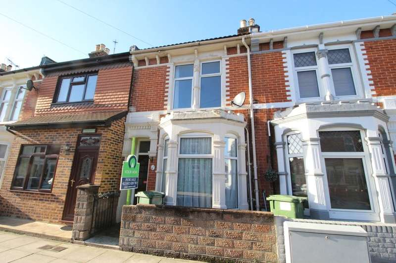 3 Bedrooms Property for sale in Folkestone Road, Portsmouth, PO3