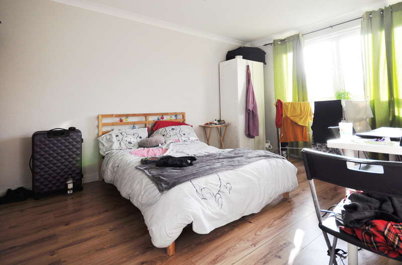 3 Bedrooms Flat for sale in Chichester, Chichester, London, W2