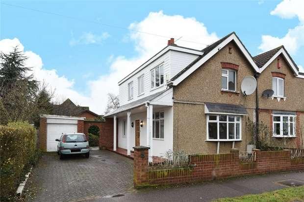 3 Bedrooms Semi Detached House for sale in Queen Alexandra Road, Bedford