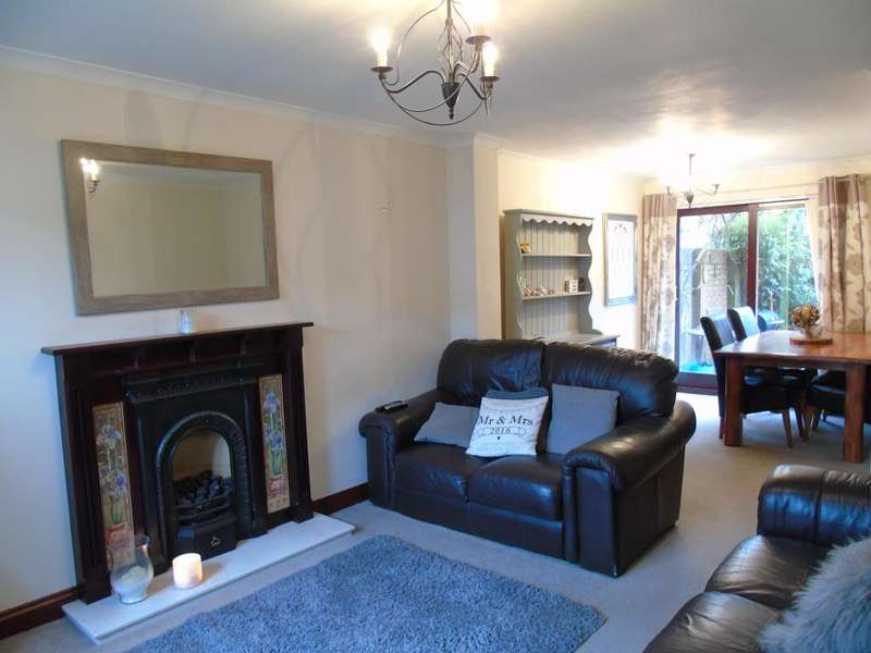 4 Bedrooms Semi Detached House for rent in Caerleon, Newport