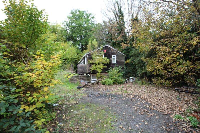 Land Commercial for rent in Coombend, Radstock
