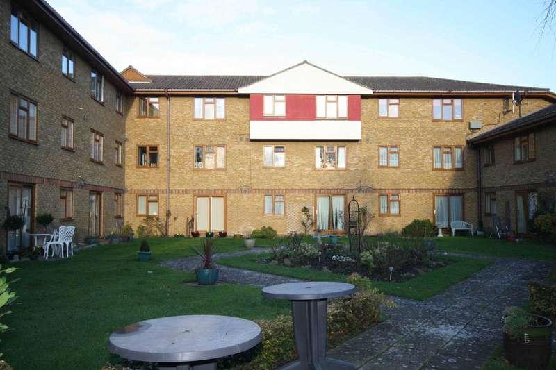 1 Bedroom Apartment Flat for sale in Allington Court, Billericay