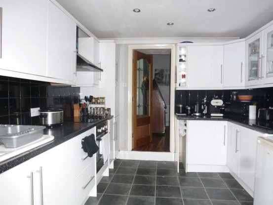 3 Bedrooms Property for sale in Dorset Street, Hull, North Humberside, HU4 6PP
