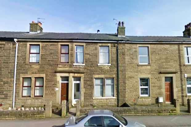 3 Bedrooms Terraced House for sale in Derby Road, Preston, Lancashire, PR3 3EE