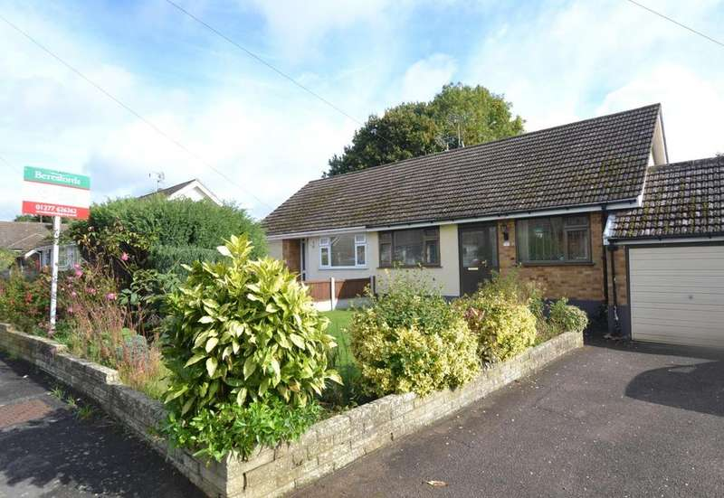 2 Bedrooms Semi Detached Bungalow for sale in Carsey Close, Ramsden Heath, Billericay, Essex, CM11