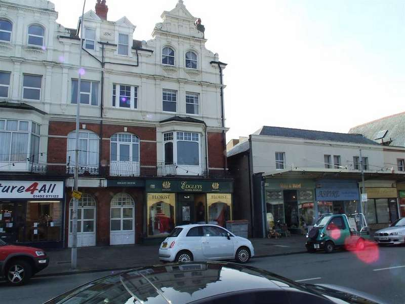 2 Bedrooms Apartment Flat for sale in Mostyn Avenue, Llandudno