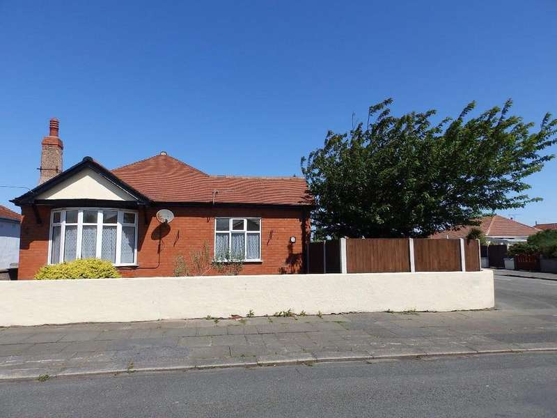 2 Bedrooms Detached Bungalow for sale in Oakville Avenue, Rhyl