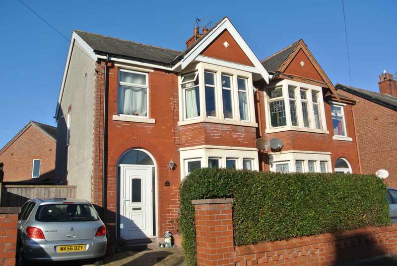 3 Bedrooms Semi Detached House for sale in Benson Road, Blackpool