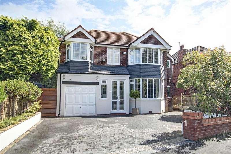 5 Bedrooms Detached House for sale in Craddock Road, Sale