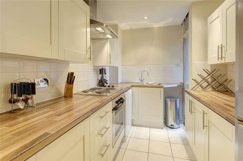 1 Bedroom Flat for sale in Carrington House, Hertford Street, Mayfair, London, W1J