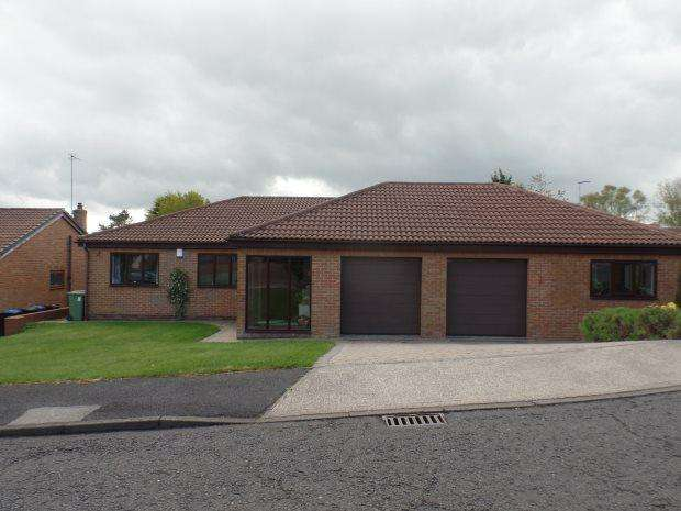 4 Bedrooms Detached Bungalow for sale in LAMBTON COURT, PETERLEE, OAKERSIDE, PETERLEE