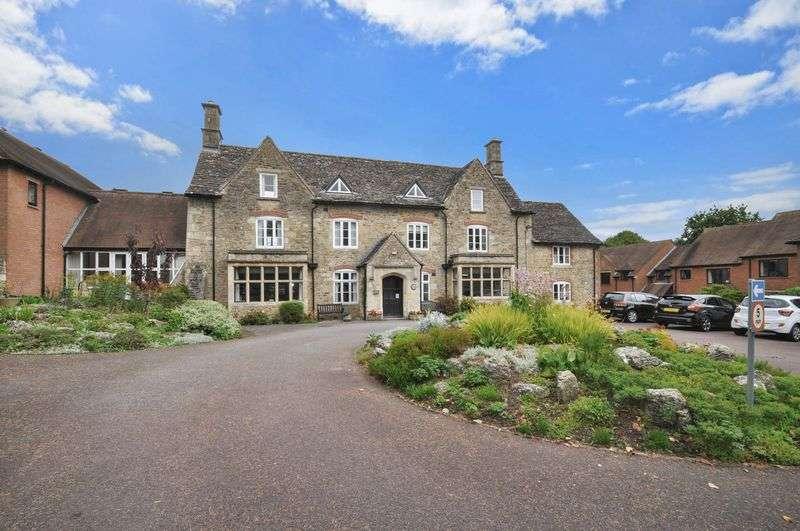 1 Bedroom Property for sale in Parsonage Court, Highworth, Swindon, SN6 7TJ