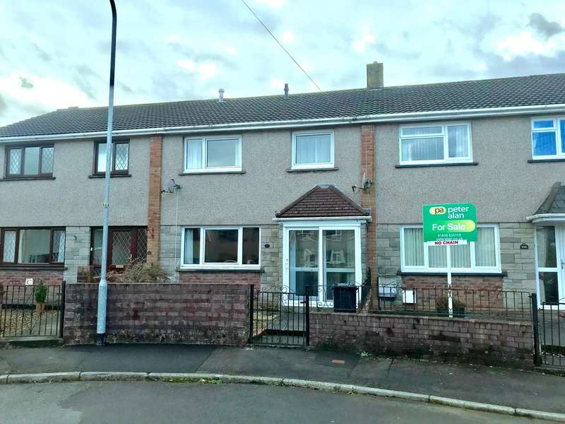 3 Bedrooms Semi Detached House for sale in Brynhyfryd, Glynneath, Neath