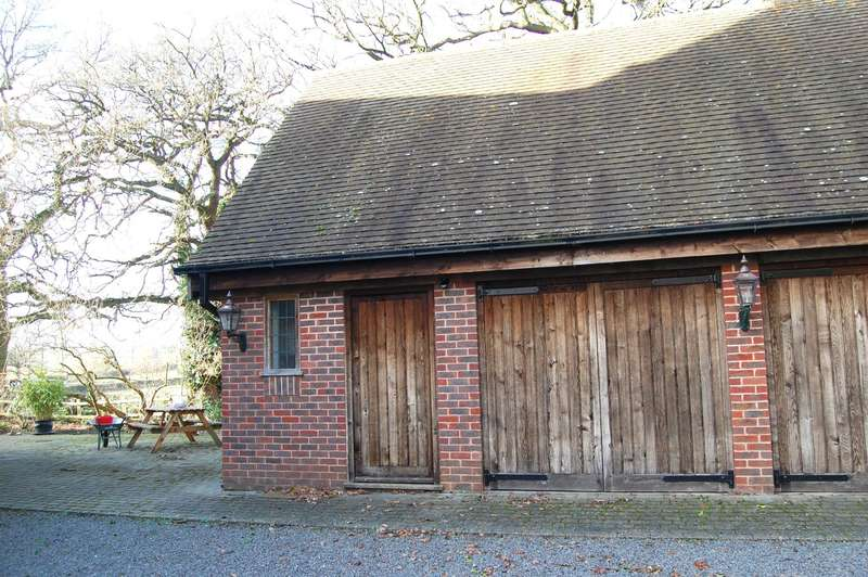 1 Bedroom Maisonette Flat for rent in The Annex Poachers Retreat, Alcester Heath, Alcester, B49