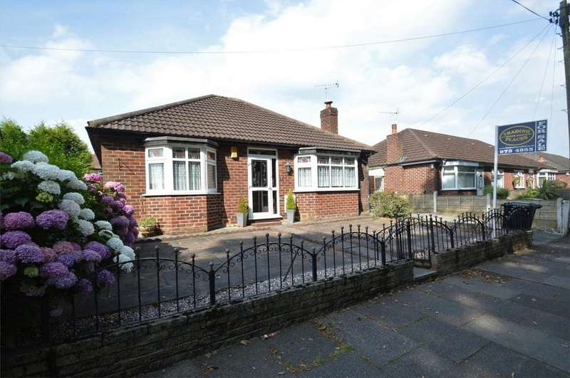 2 Bedrooms Detached Bungalow for sale in Alma Road, SALE, Cheshire