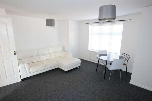 2 Bedrooms Flat for sale in Ashover Road, NEWCASTLE UPON TYNE, Tyne and Wear