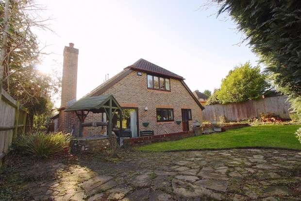 5 Bedrooms Detached House for sale in Westfield Lane, Westfield, St. Leonards-on-Sea, TN37