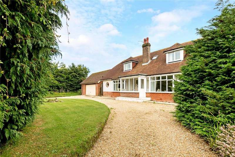 3 Bedrooms Detached Bungalow for sale in West Walberton Lane, Walberton, Arundel, West Sussex