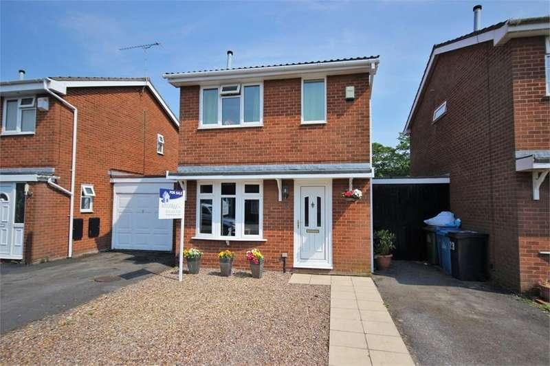 3 Bedrooms Detached House for sale in Addingham Avenue, WIDNES, Cheshire