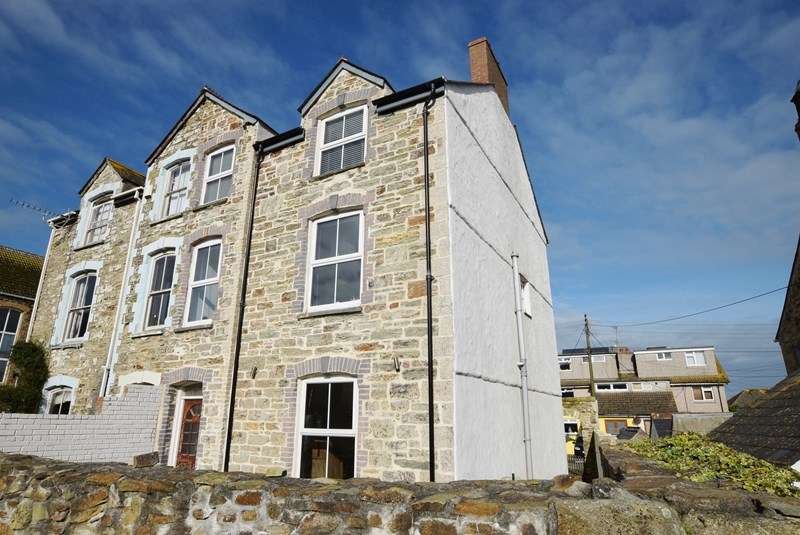 4 Bedrooms Semi Detached House for sale in Eureka Vale, PERRANPORTH