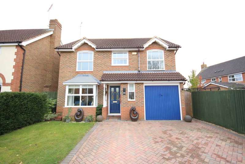 4 Bedrooms Detached House for sale in Yorkshire Place, Warfield