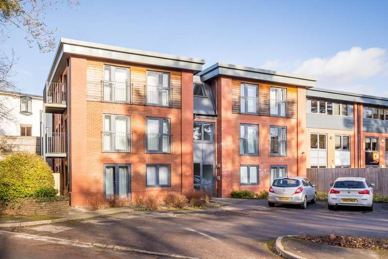 2 Bedrooms Flat for sale in Old Station Drive, Leckhampton GL53 0AN