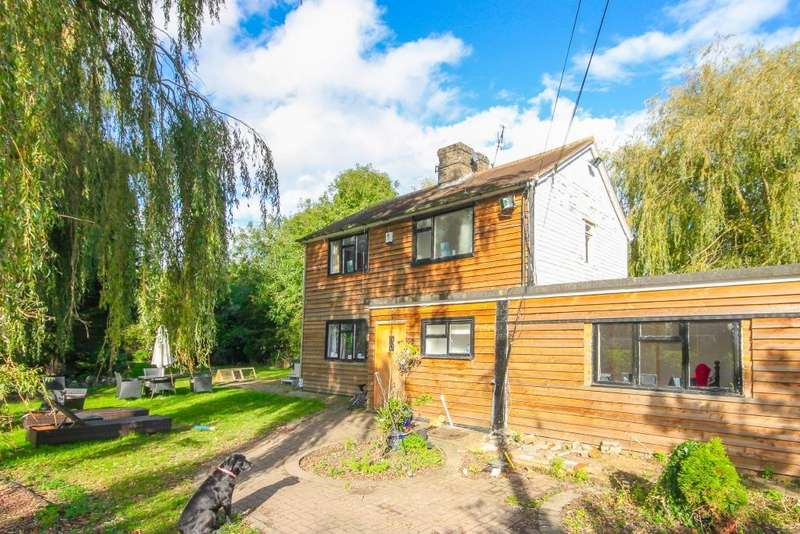 4 Bedrooms Detached House for sale in Nine Ashes