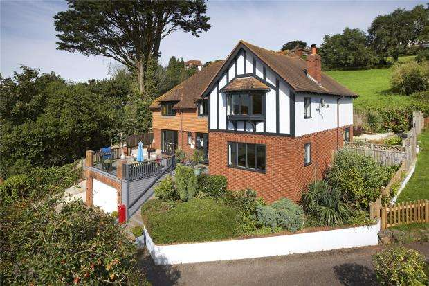 4 Bedrooms Detached House for sale in Brook Lane, Shaldon, Devon