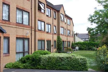 1 Bedroom Apartment Flat for sale in Lychgate Court, 34 Friern Park, North Finchley, London, N12