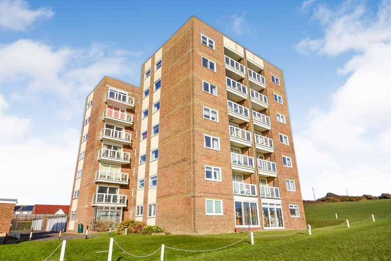 2 Bedrooms Flat for sale in Wallington Towers, Sutton Place, Bexhill On Sea, TN40