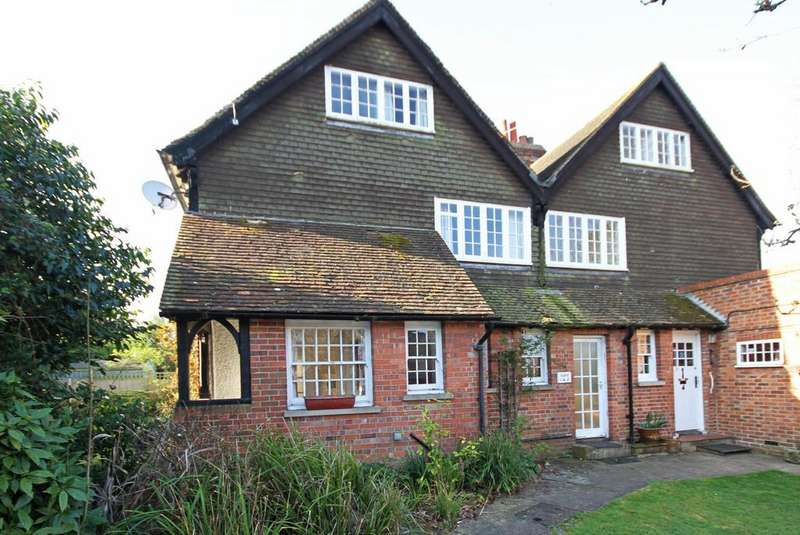 2 Bedrooms Apartment Flat for sale in Ashford Road, Tenterden, Kent TN30 6LX