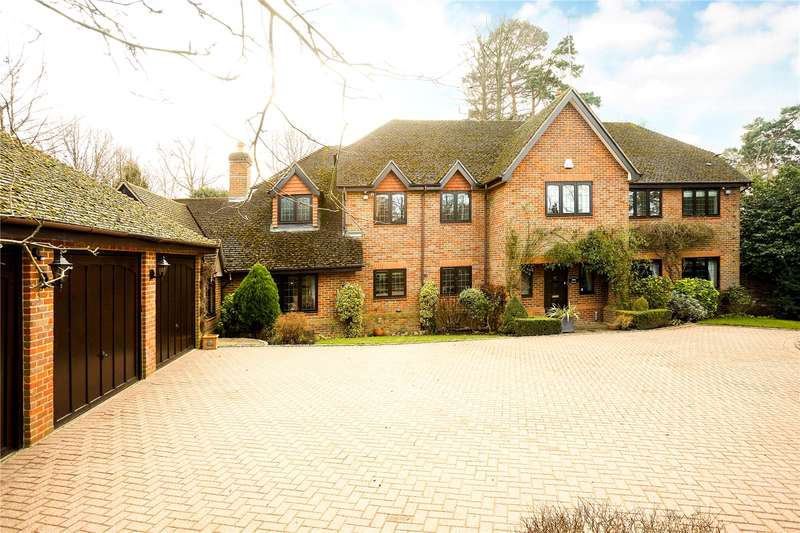 5 Bedrooms Detached House for sale in The Starlings, Oxshott, Leatherhead, Surrey, KT22