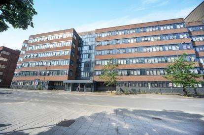 1 Bedroom Flat for sale in Guild House, Farnsby Street, Swindon, Wiltshire