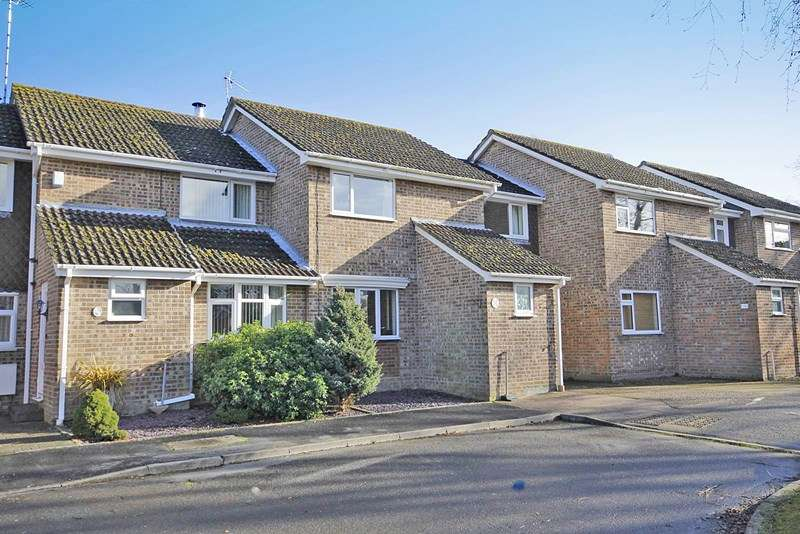 3 Bedrooms Terraced House for sale in Tyrrells Court, Bransgore, Christchurch