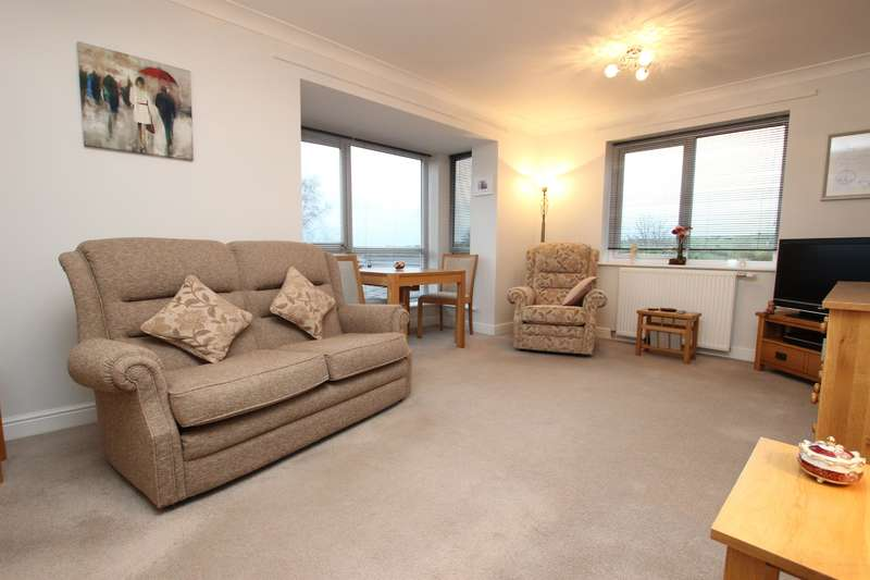 2 Bedrooms Flat for sale in Preston New Road Blackburn BB2 7AL