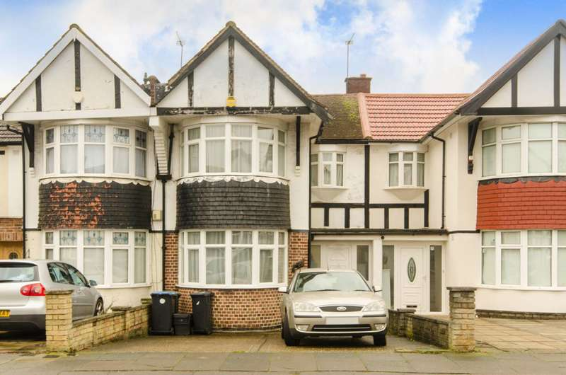 3 Bedrooms House for sale in Pasteur Gardens, Palmers Green, Palmers Green, N18