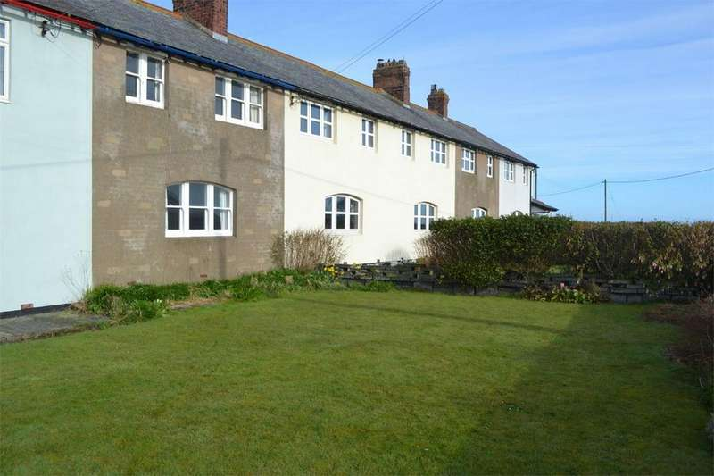 2 Bedrooms Terraced House for sale in 54 Harbour Road, Beadnell, Chathill, Northumberland