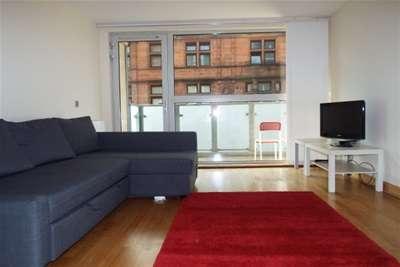 2 Bedrooms Flat for rent in Ingram Street, Merchant City, G1