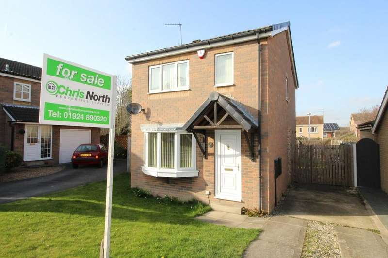 3 Bedrooms Detached House for sale in Bransdale Avenue, Altofts, Altofts, West Yorkshire