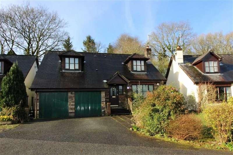 4 Bedrooms Detached House for sale in Manor Gardens, Horrabridge, Devon
