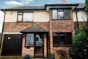 4 Bedrooms Semi Detached House for sale in Main Road, Biggin Hill, Westerham, Kent