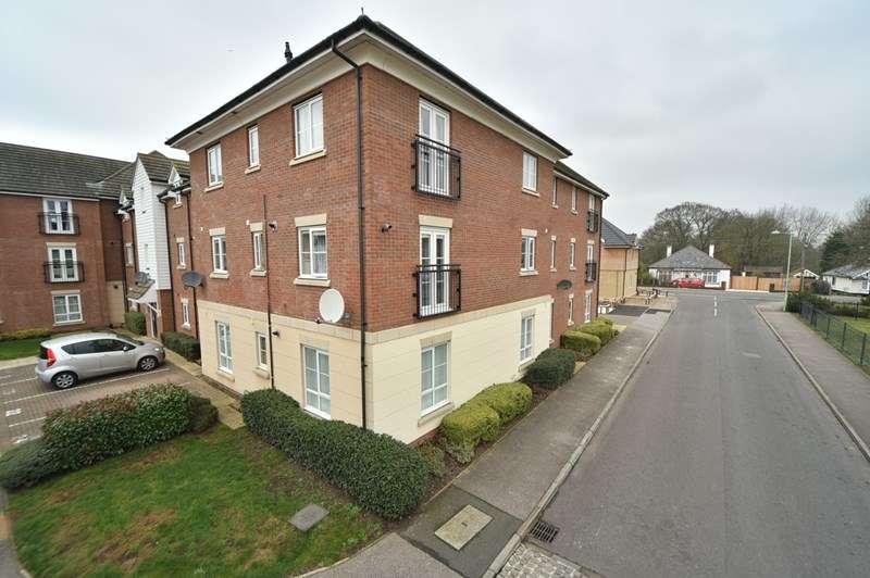 2 Bedrooms Flat for sale in Bridge Farm Close, Mildenhall, Bury St. Edmunds