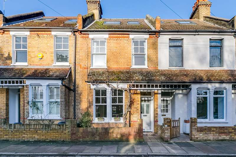 3 Bedrooms Terraced House for sale in Devoncroft Gardens, Twickenham
