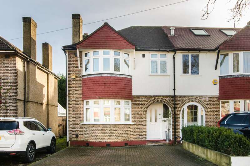 4 Bedrooms Semi Detached House for rent in Shaldon Drive, Raynes Park, SM4