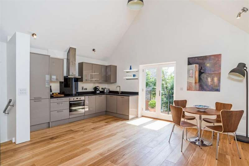 3 Bedrooms House for sale in 8 Greyhound Mews, Pewsey