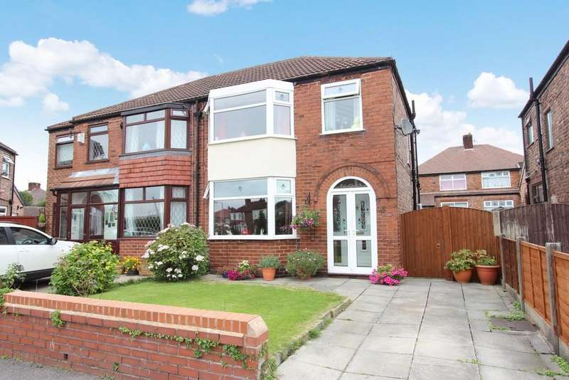 3 Bedrooms Semi Detached House for sale in Rudyard Grove, Heaton Chapel