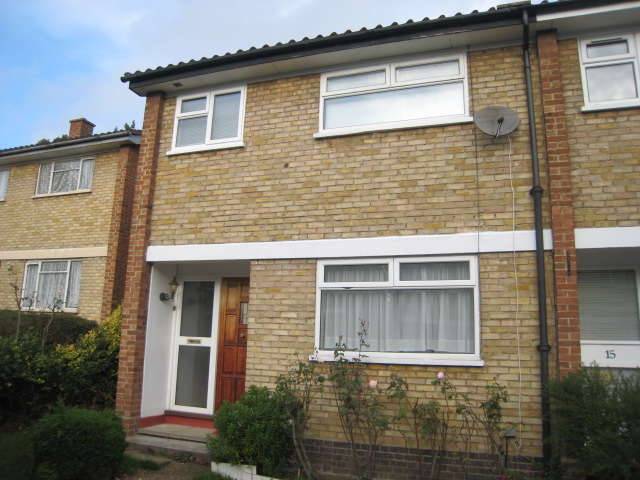 3 Bedrooms End Of Terrace House for rent in Longfield Crescent, Sydenham, SE26