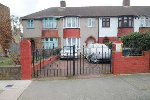 3 Bedrooms House for sale in Burford Road, Catford, London